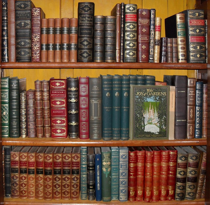 Recommends: Horror Writers (And Some Short Stories to Start You Off) Part1