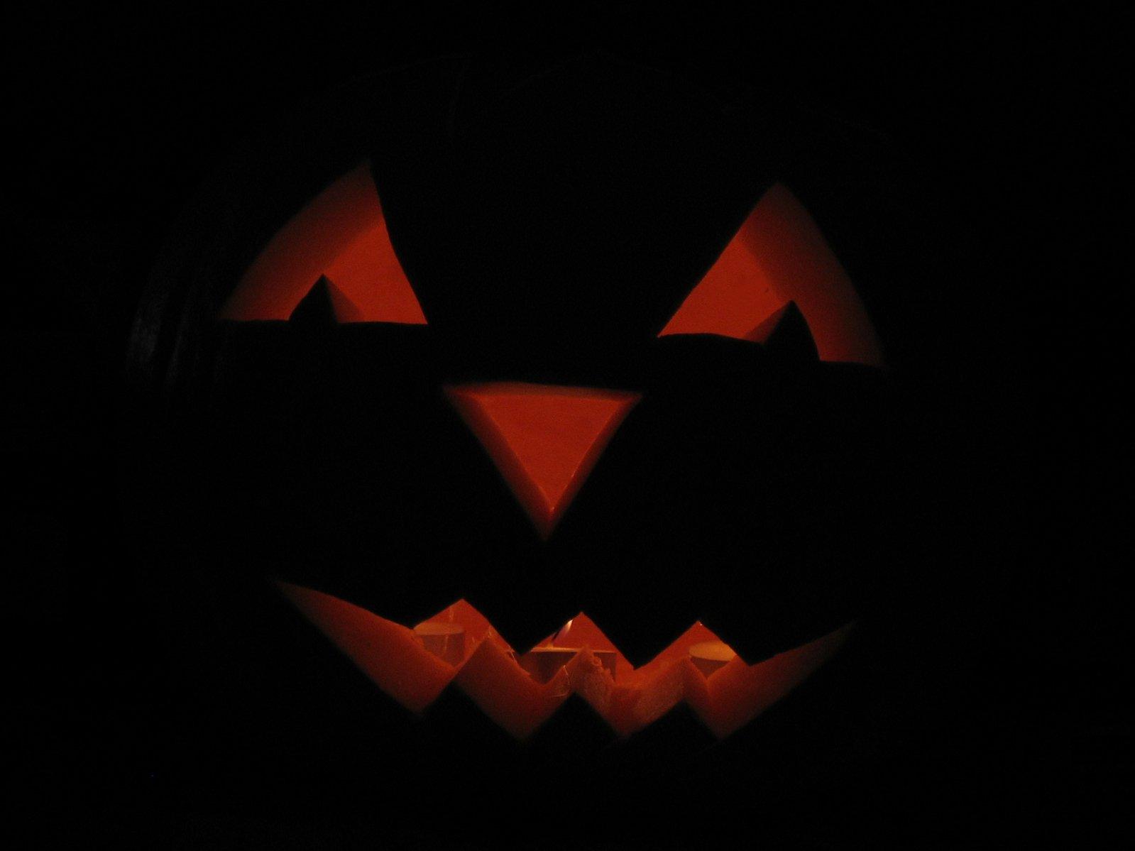 jack-o-lantern-1443307.jpg